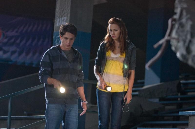 Bobby Campo e Shantel Vansanten in un'immagine dell'horror The FInal Destination