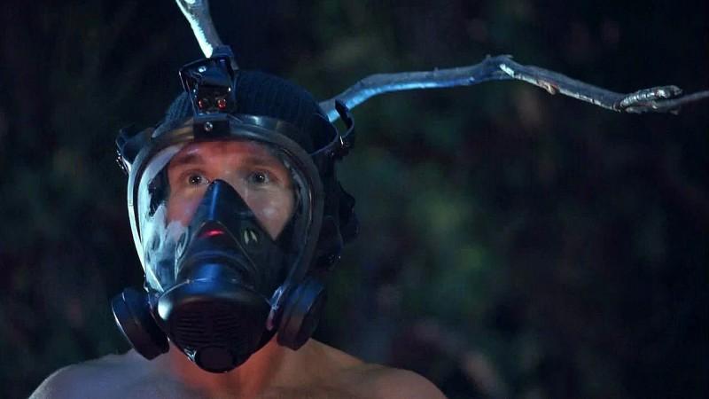 Jason Stackhouse (Ryan Kwanten) e le sue idee geniali in una scena dell'episodio 'New World In My View' della serie True Blood