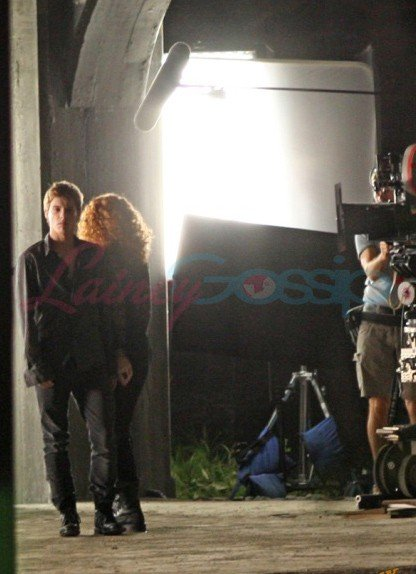 prime immagini dal set di Eclipse pubblicate dal sito Lainey Gossip - Bryce Dallas Howard (di spalle) e Xavier Samuel.