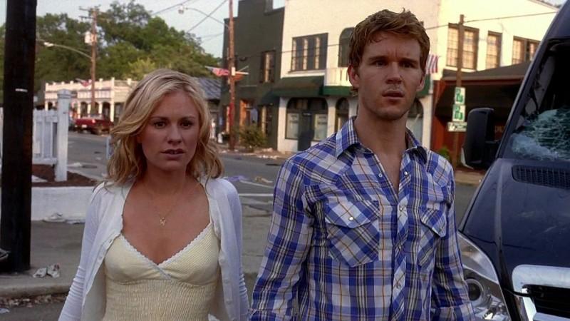 Sookie (Anna Paquin) e Jason (Ryan Kwanten) di ritorno a Bon Temps in una scena dell'episodio 'New World In My View' della serie True Blood