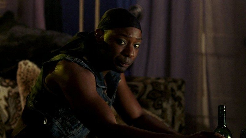 Un primo piano di Lafayette (Nelsan Ellis) in una scena dell'episodio 'New World In My View' della serie True Blood