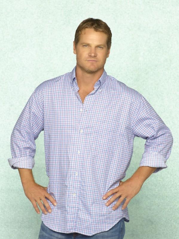 Brian Van Holt in uno scatto promozionale della serie TV Cougar Town