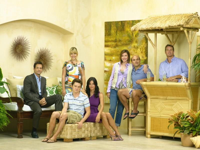 Una foto promozionale del cast di Cougar Town