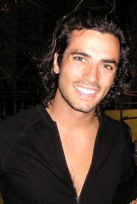 Una immagine sorridente di Antonio Cupo