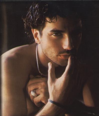 Una sensuale immagine di Antonio Cupo