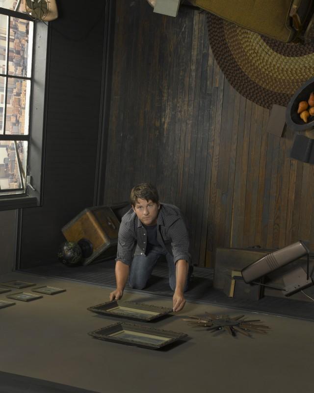 Zachary Knighton è Bryce Varley nella serie FlashForward