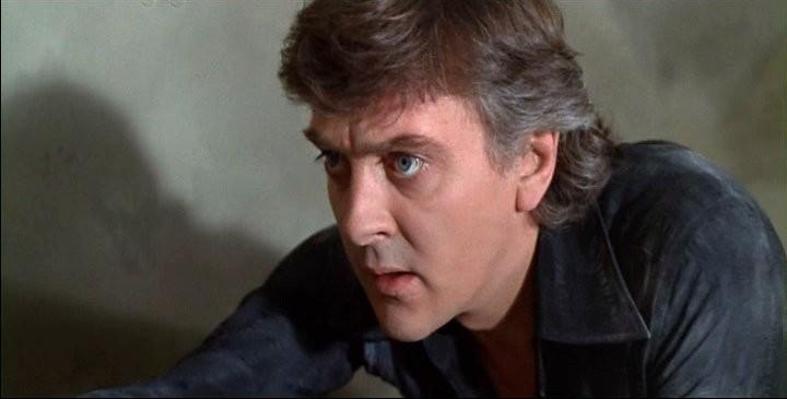 David Hemmings in una scena del film Profondo Rosso (1975)