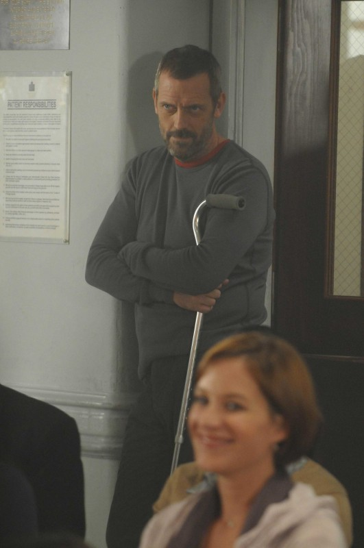 Hugh Laurie in una scena della premiere della sesta stagione di Dr. House: Medical Division
