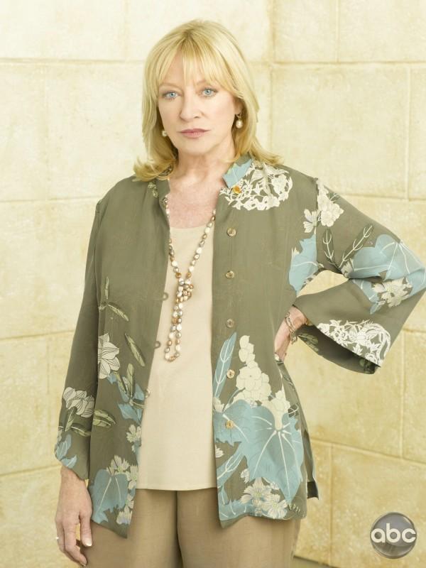 La bionda Veronica Cartwright come appare nella serie TV Eastwick