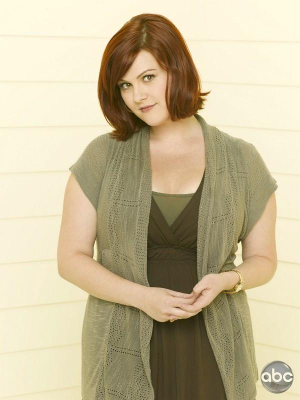 Sara Rue è Penny nella serie televisiva Eastwick