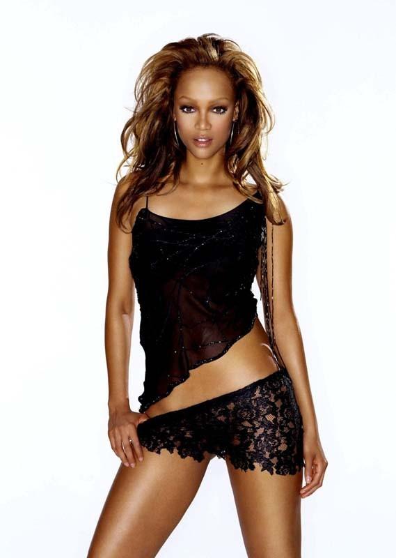 Un'immagine promo della sensuale Tyra Banks
