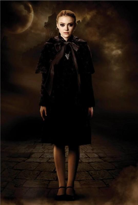Dakota Fanning è Jane del clan dei Volturi in una foto di Twilight Saga: New Moon