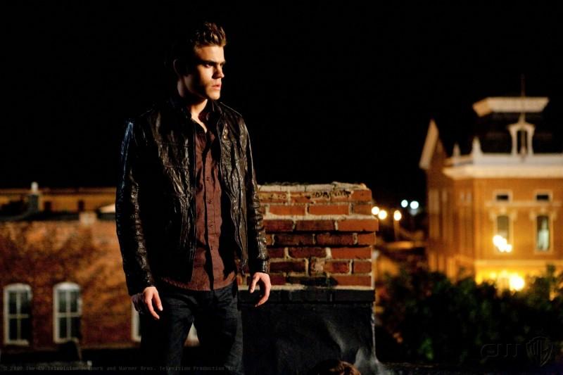 Paul Wesley in una scena dell'episodio Night of the Comet di The Vampire Diaries