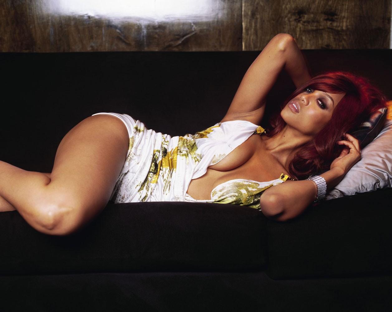 Wallpaper: una splendida e sensuale Tyra Banks