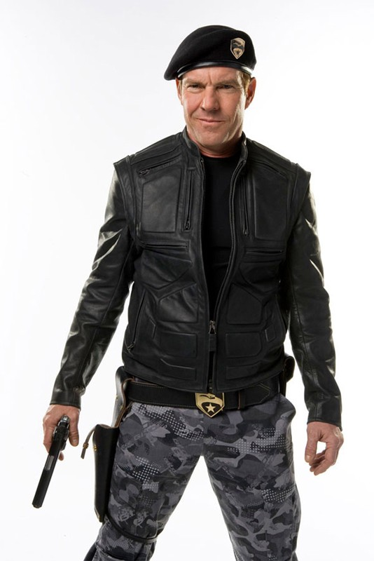 Dennis Quaid è il Generale Hawk in un'immagine promo del film G.I. Joe