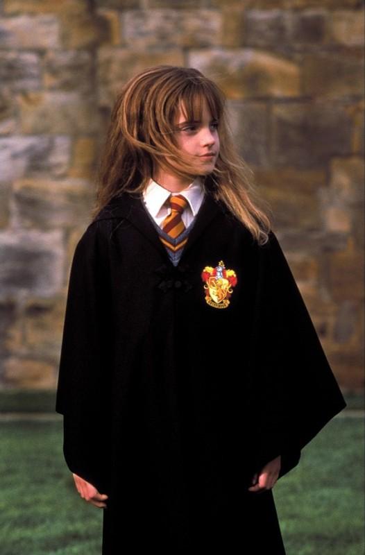 Emma Watson è Hermione Granger in una scena del film Harry Potter e la Pietra Filosofale