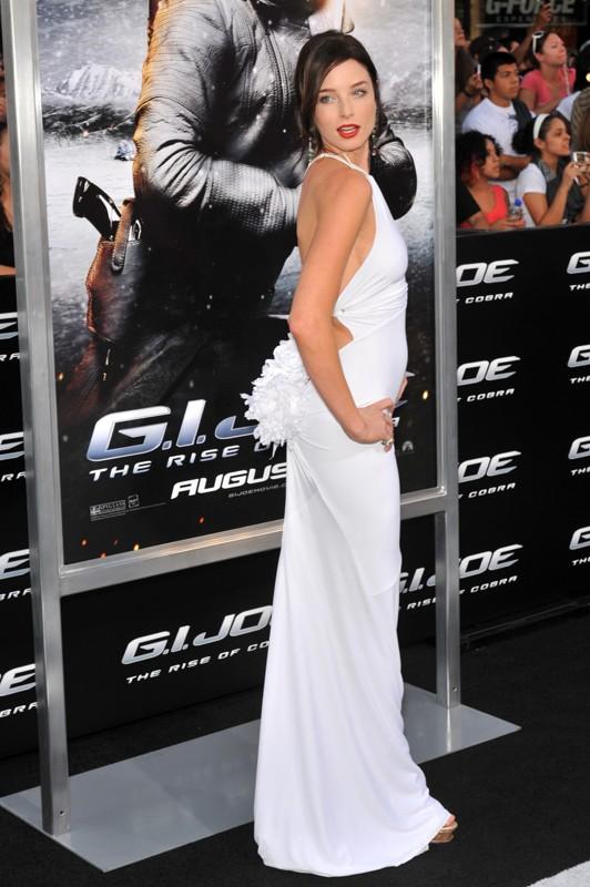L'attrice Rachel Nichols alla premiere del film G.I. Joe: La nascita dei Cobra, a Los Angeles