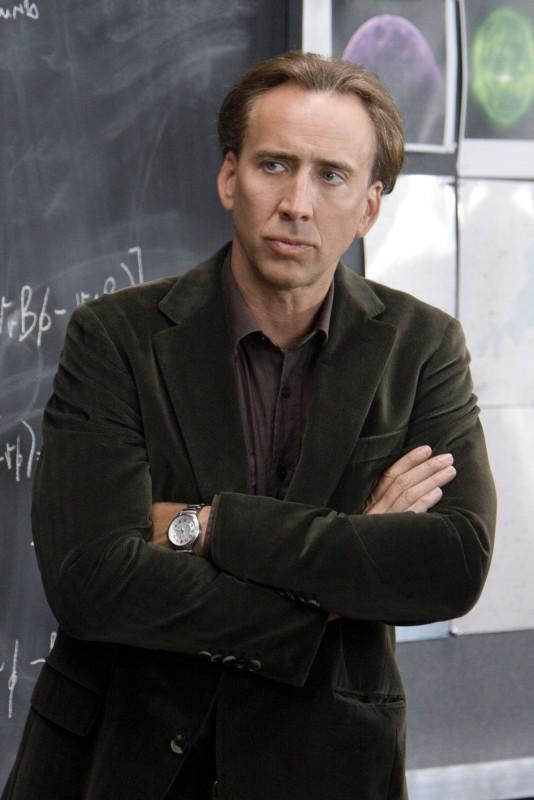 Nicolas Cage in una scena del film Segnali dal futuro
