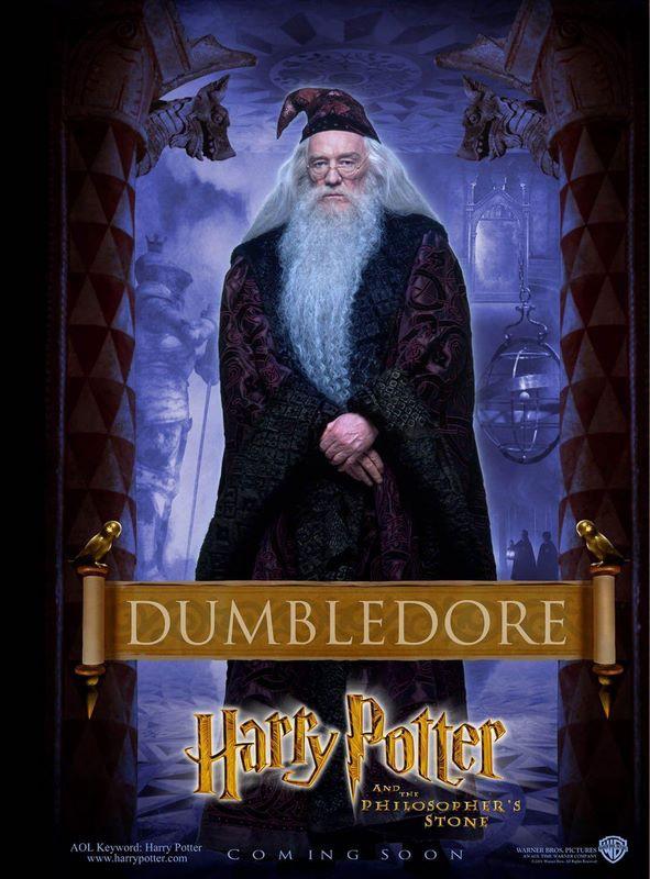 Un character poster dedicato ad Albus Silente per il film Harry Potter e la Pietra Filosofale