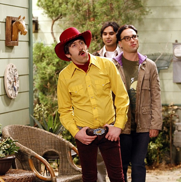Johnny Galecki, Simon Helberg e Kunal Nayyar nell'episodio The Electric Can Opener Fluctuation di  The Big Bang Theory