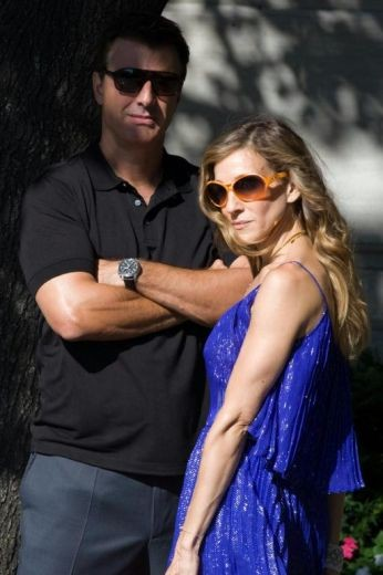 Sarah Jessica Parker accanto a Chris Noth sul set di Sex and the City 2