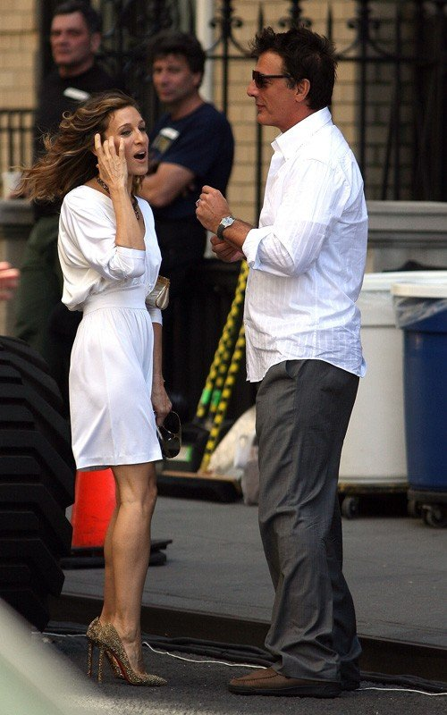 Sarah Jessica Parker e Chris Noth riprendono i ruoli di Carrie e 'Mr. Big' sul set di Sex and the City 2