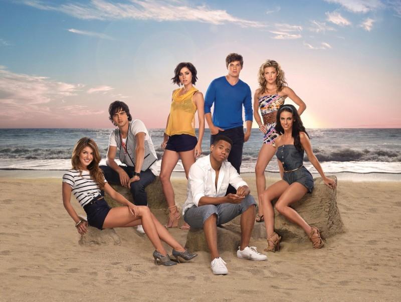Una foto promozionale del cast della stagione 2 di 90210
