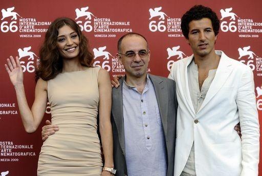 Venezia 2009: Giuseppe Tornatore con i protagonisti di Baaria, Margaret Madè e Francesco Scianna.