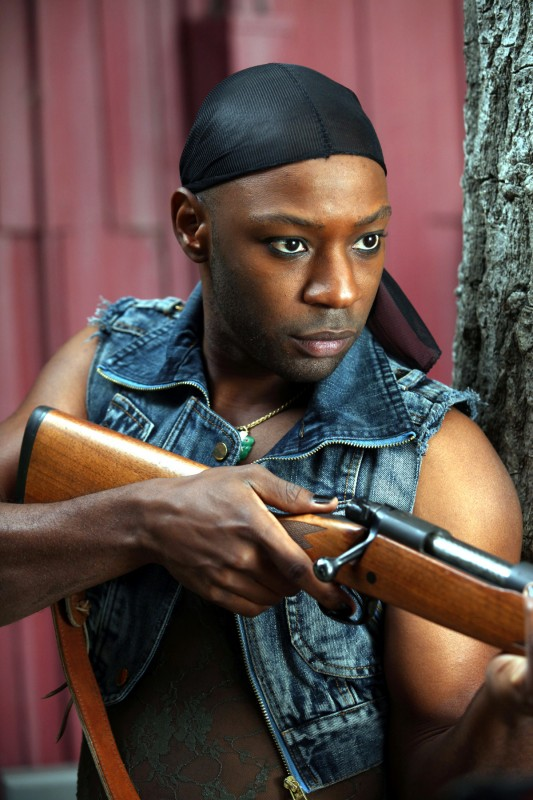 Nelsan Ellis in una scena dell'episodio Frenzy di True Blood