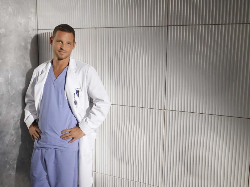 Justin Chambers in un'immagine promozionale per la sesta stagione di Grey's Anatomy