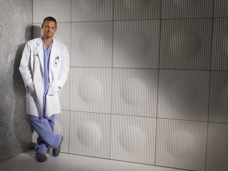 Justin Chambers in una foto promozionale per la sesta stagione di Grey's Anatomy