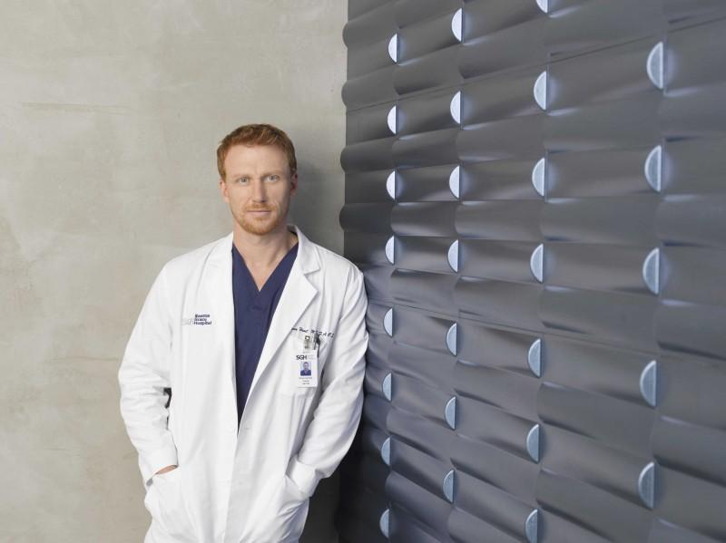 Kevin McKidd per la campagna pubblicitaria per la sesta stagione di Grey's Anatomy