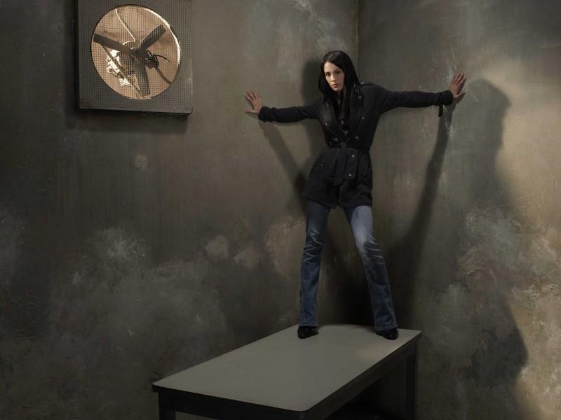 Una immagine promozionale di Michelle Borth per la serie The Forgotten