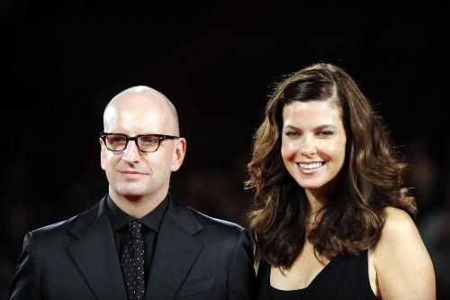 66esima Mostra del Cinema di Venezia: Steven Soderbergh presentaThe Informant! accanto a sua moglie Jules