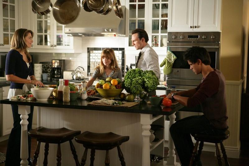 La famiglia Spivey in una sequenza della serie My Own Worst Enemy