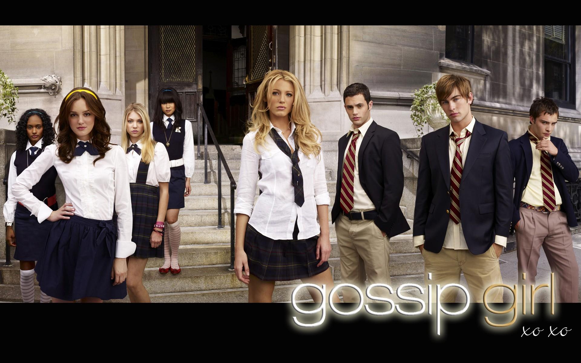 Un wallpaper del cast principale della stagione 1 di Gossip Girl
