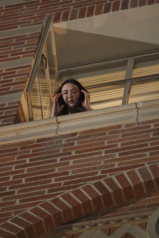 Madeline Zima in una scena tratta dalla premiere della stagione 4 di Heroes