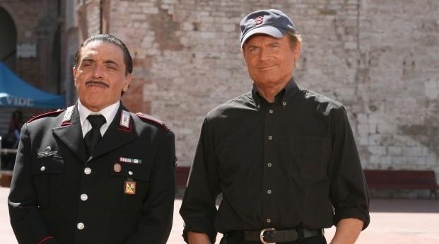 Terence Hill e Nino Frassica in Don Matteo 7