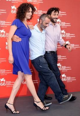 Venezia 2009: Filippo Timi e Kseniya Rappoport con il regista de La doppia ora, Giuseppe Capotondi