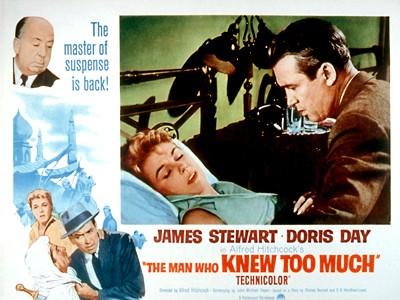 James Stewart e Doris Day in una lobbycard promozionale del film L\'uomo che saperva troppo