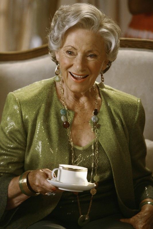 Marion Ross nel primo episodio della quarta stagione della serie Brothers & Sisters