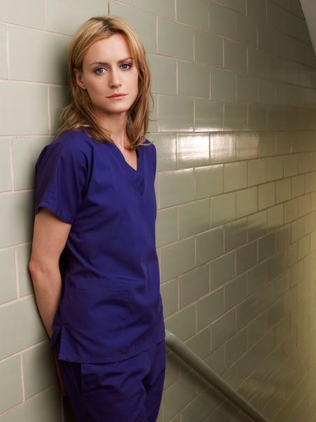 Taylor Schilling è Veronica Flanagan in una immagine promozionale di Mercy