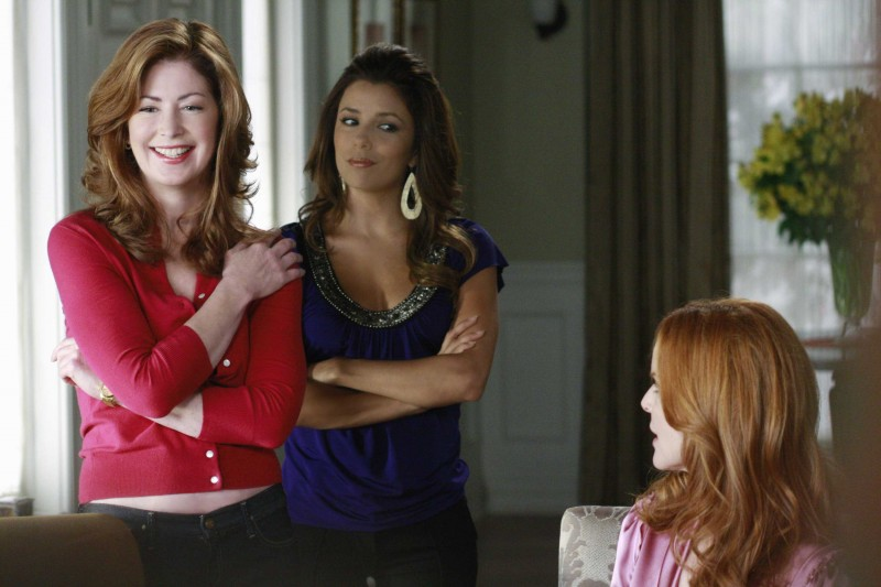 Desperate Housewives: Marcia Cross, Dana Delany ed Eva Longoria in Nice is Different Than Good, primo episodio della sesta stagione