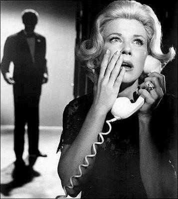 Doris Day in una immagine promozionale del film Merletto di Mezzanotte