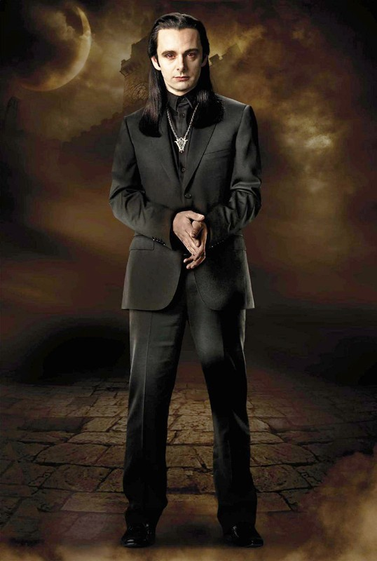 Michael Sheen è Aro del clan dei Volturi in una foto di Twilight Saga: New Moon