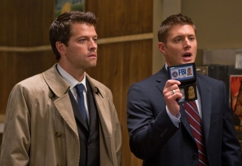 Misha Collins e Jensen Ackles in una scena dell'episodio Free to Be You and Me di Supernatural