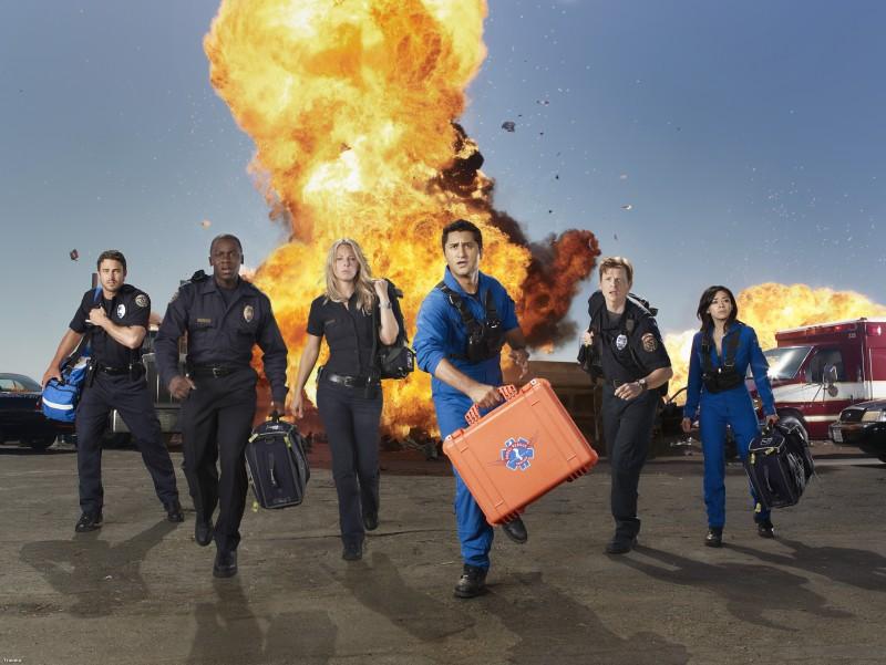 Una foto promozionale del cast della serie TV Trauma