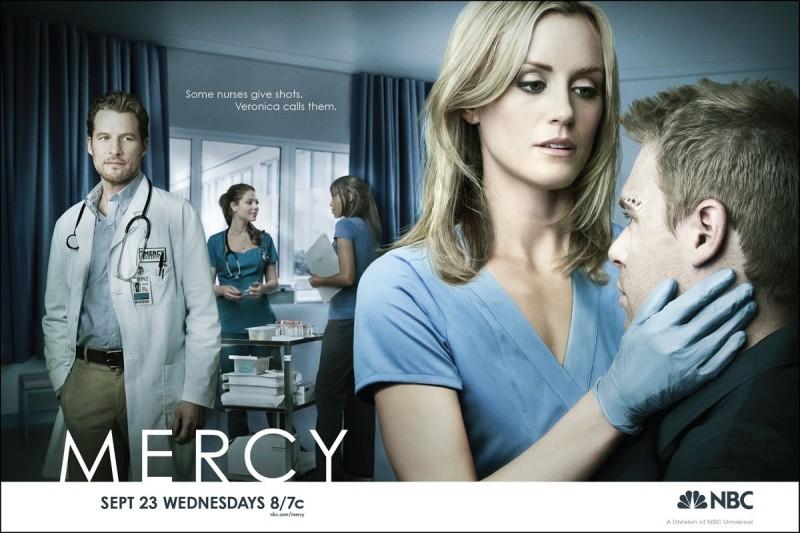 Uno dei poster con sviluppo orizzontale della serie Mercy