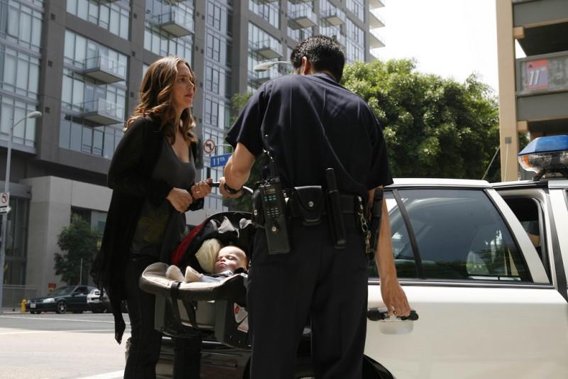 Eliza Dushku in un momento dell'episodio Instinct di Dollhouse