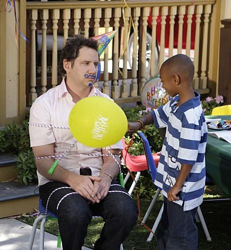 Ghost Whisperer: Jamie Kennedy in Birthday Presence, primo episodio della quinta stagione della serie televisiva